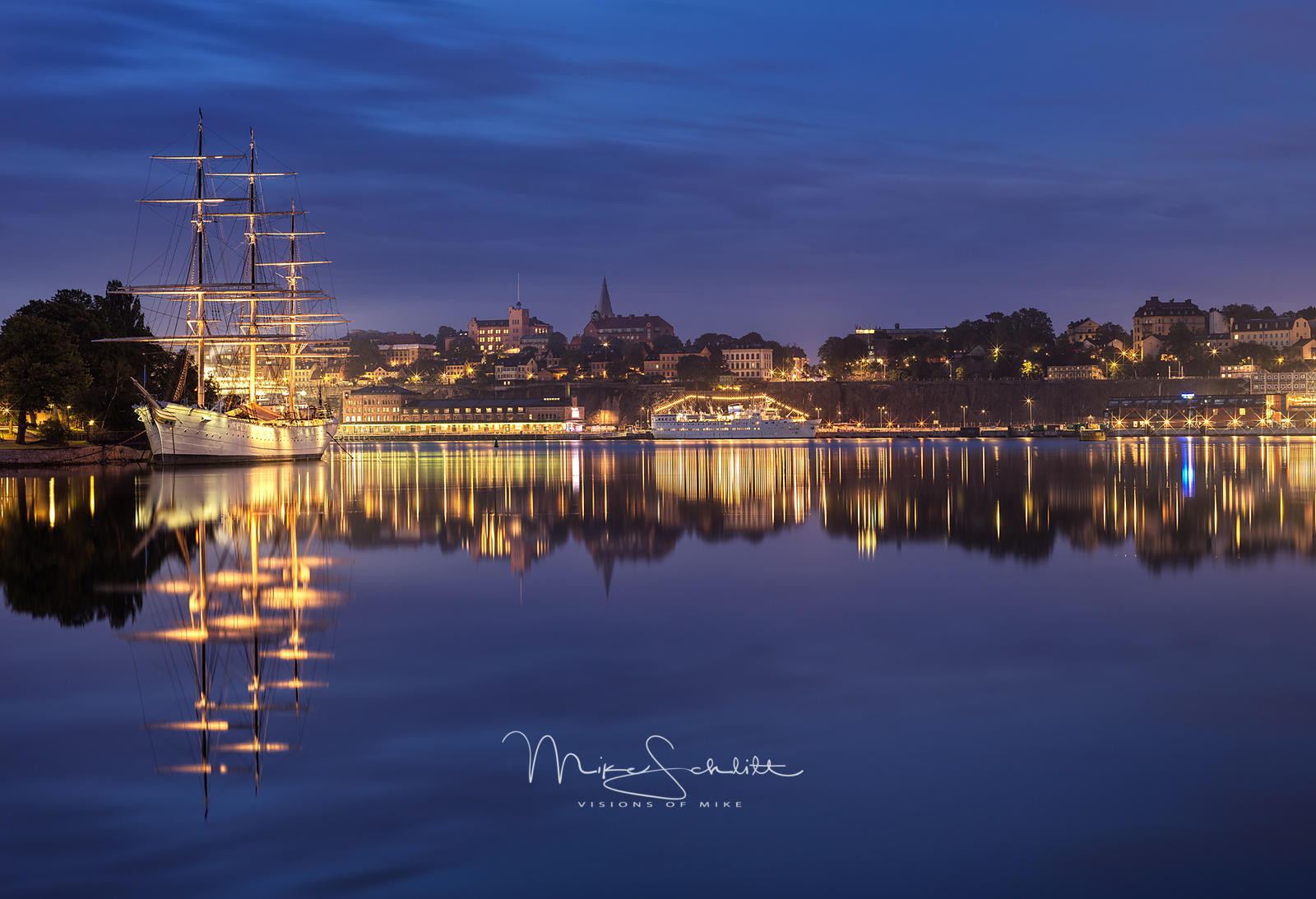 Stockholm_Viking_Cruise_Sep_2019_nik_park_1_0000