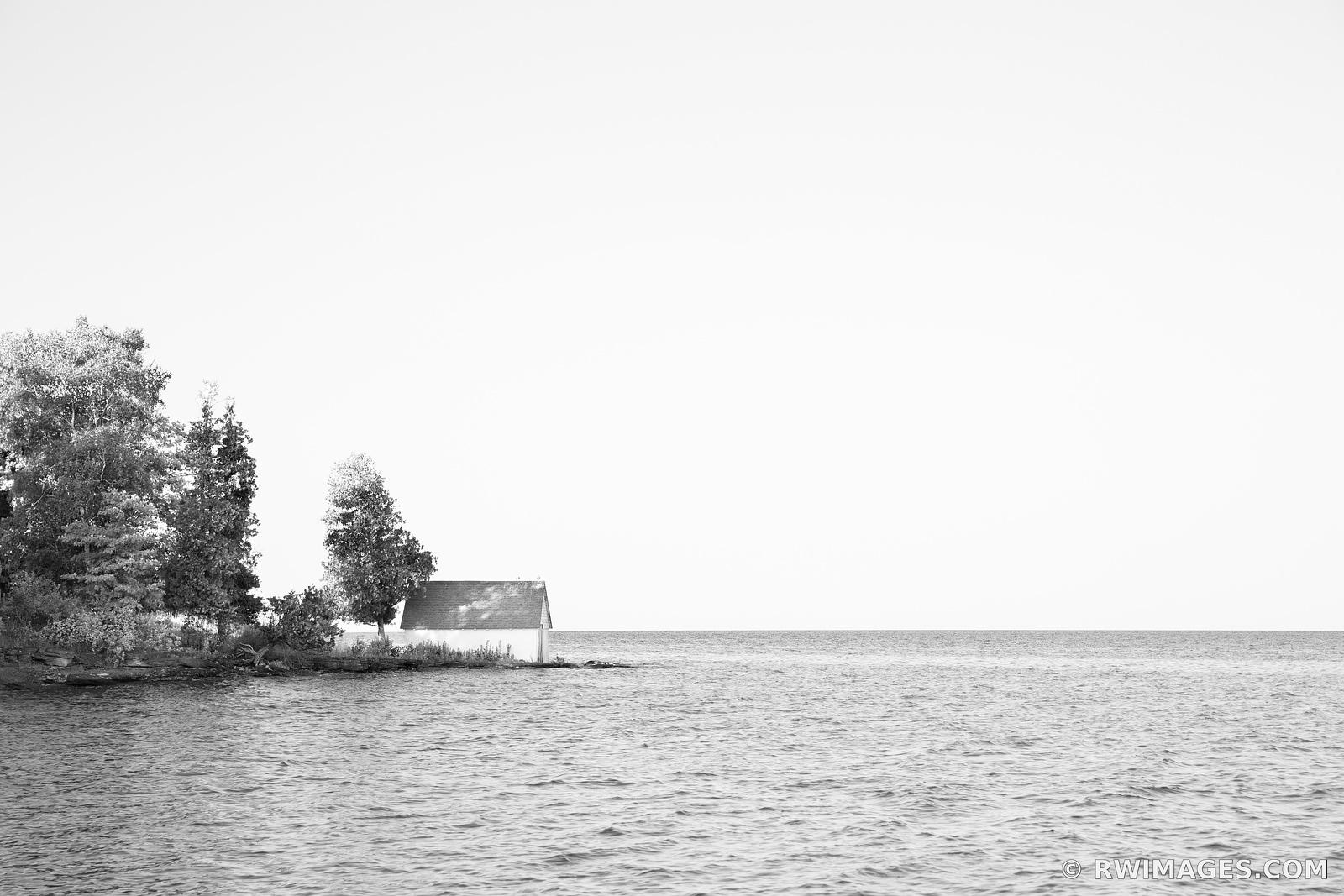 WASHINGTON ISLAND DOOR COUNTY WISCONSIN BLACK AND WHITE