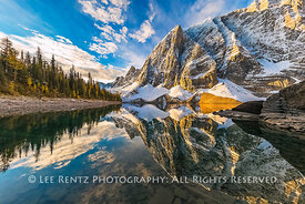 FLOE LAKE IN MORNING LIGHT