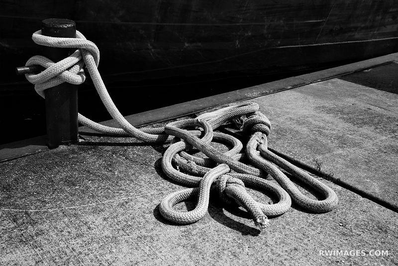 MARINE ROPES WASHINGTON ISLAND DOOR COUNTY WISCONSIN BLACK AND WHITE