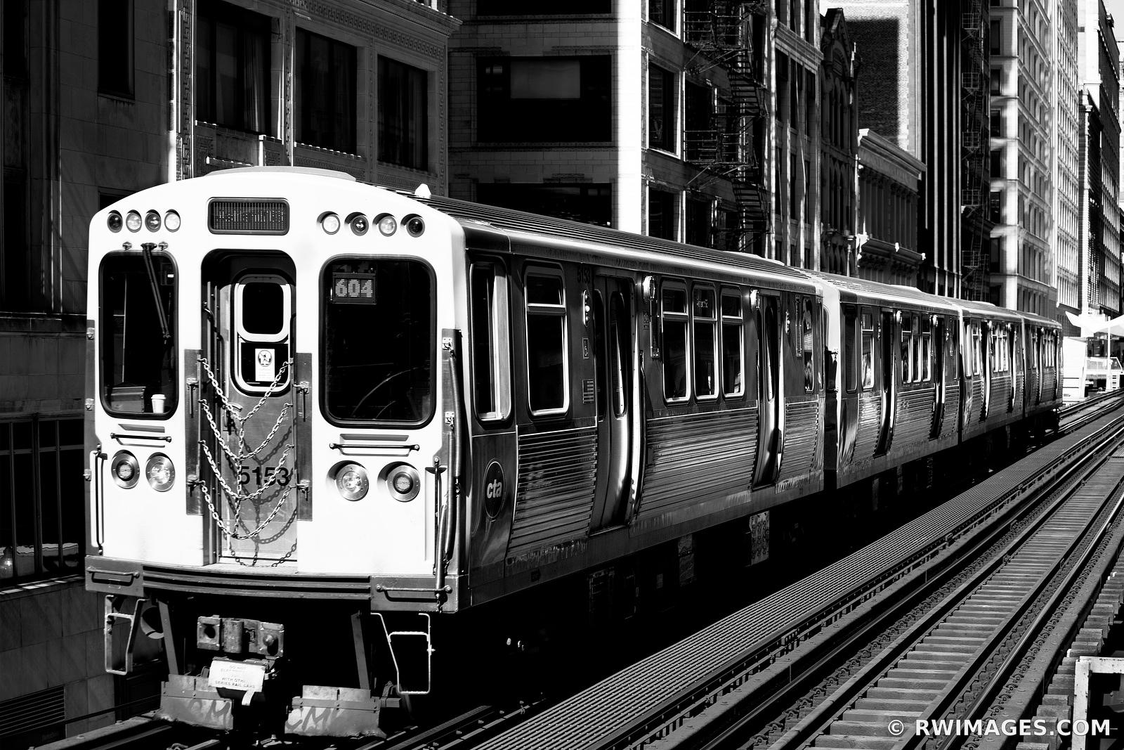 EL TRAIN DOWNTOWN CHICAGO ILLINOIS BLACK AND WHITE