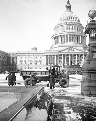 Clearing snow in front of U.S. Capitol, Washington, D.C. ca. 1932