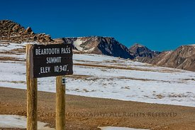 Sign at Beartooth Pass