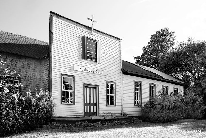 ST. MICHAEL'S CHAPEL WASHINGTON ISLAND DOOR COUNTY WISCONSIN BLACK AND WHITE