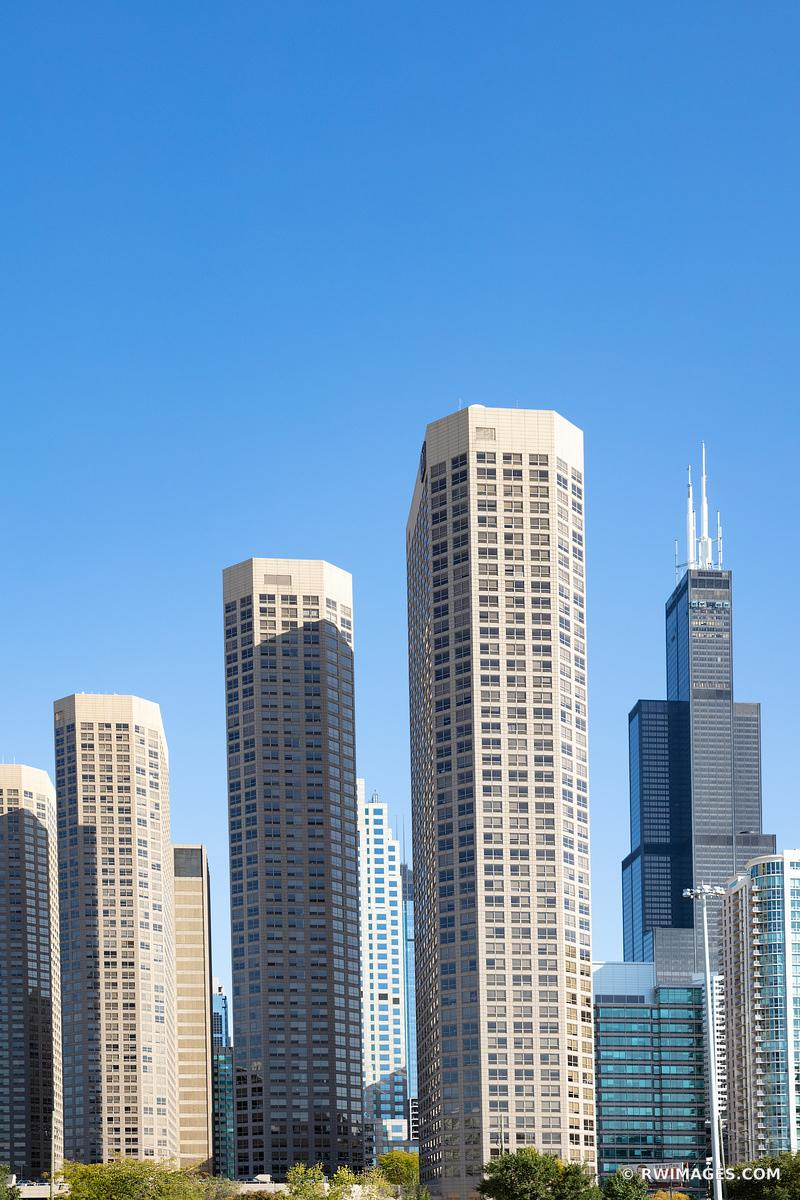 HIGH RISES AND WILLIS TOWER CHICAGO ILLINOIS