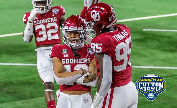 12-30-2020_Oklahoma_vs_Florida_Cotton_Bowl_-12