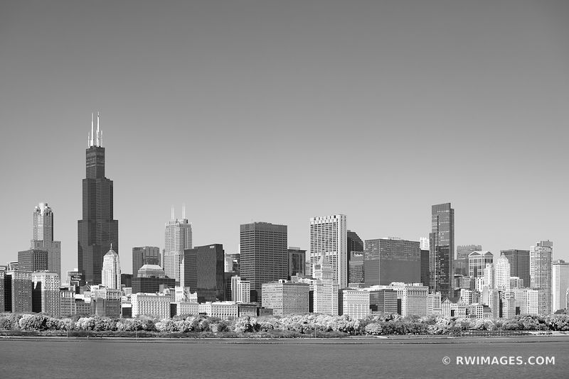 CHICAGO CITY SKYLINE LAKE MICHIGAN CHICAGO ILLINOIS BLACK AND WHITE
