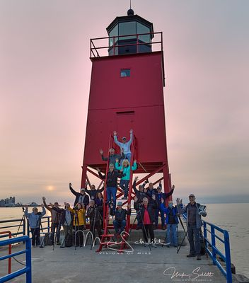 Charlevoix_Photography_Club_group_hands_nik_B_sky_post_3_clone_crop_color_sun_light_sig_s_noise_nik_noise_Sep_2020_0377