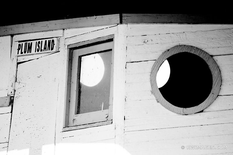 PLUM ISLAND DOOR COUNTY WISCONSIN BLACK AND WHITE