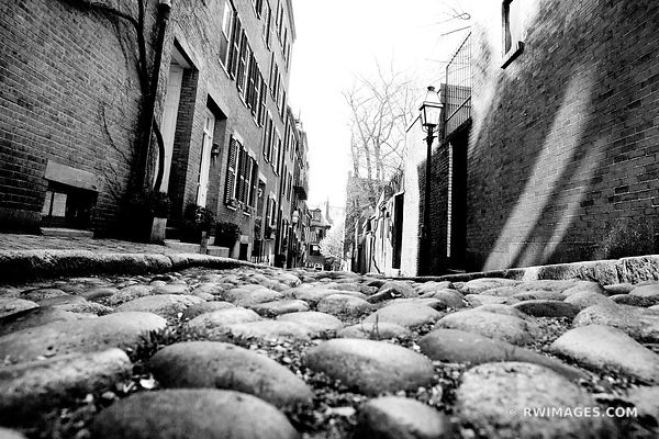 HISTORIC BOSTON BEACON HILL ACORN STREET COBBLESTONE STREET RED BRICK BLACK AND WHITE