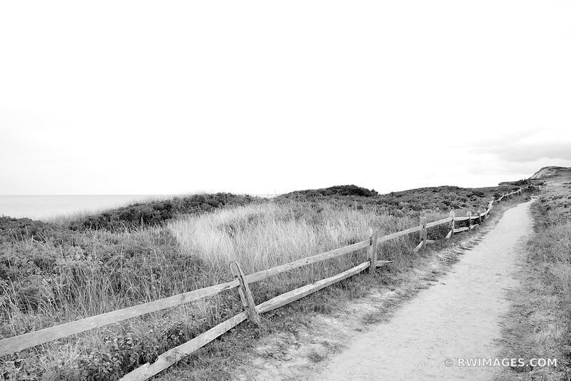 AQUINNAH MARTHA'S VINEYARD MASSACHUSSETTS BLACK AND WHITE