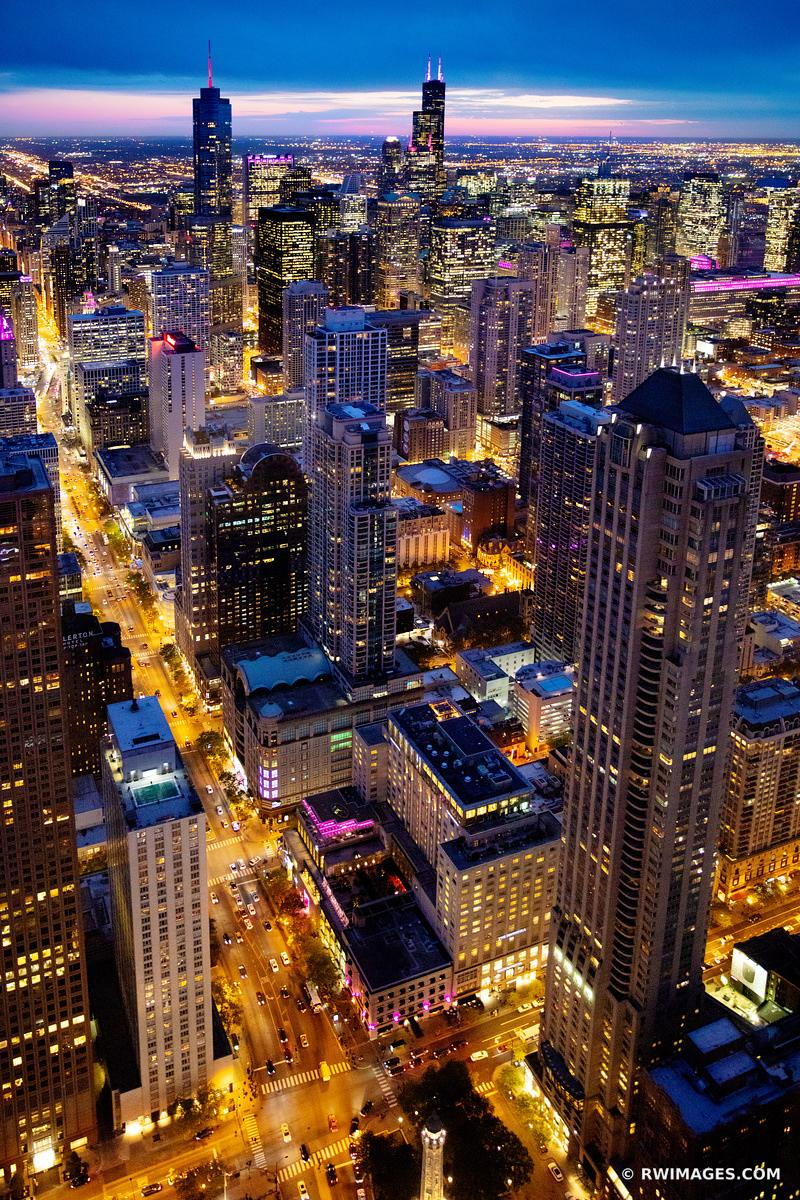 MICHIGAN AVENUE CHICAGO EVENING BLUE HOUR CITY LIGHTS CHICAGO DOWNTOWN AERIAL VIEW CHICAGO ILLINOIS COLOR VERTICAL