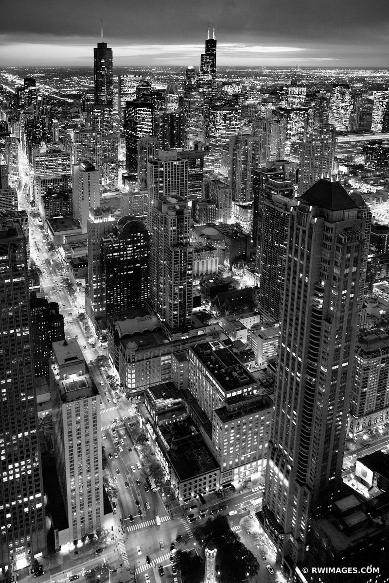 MICHIGAN AVENUE CHICAGO EVENING CITY LIGHTSCHICAGO DOWNTOWN AERIAL VIEW CHICAGO ILLINOIS BLACK AND WHITE VERTICAL