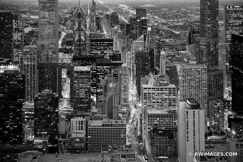 MICHIGAN AVENUE CHICAGO EVENING DUSK CITY LIGHTS CHICAGO DOWNTOWN AERIAL VIEW CHICAGO ILLINOIS BLACK AND WHITE