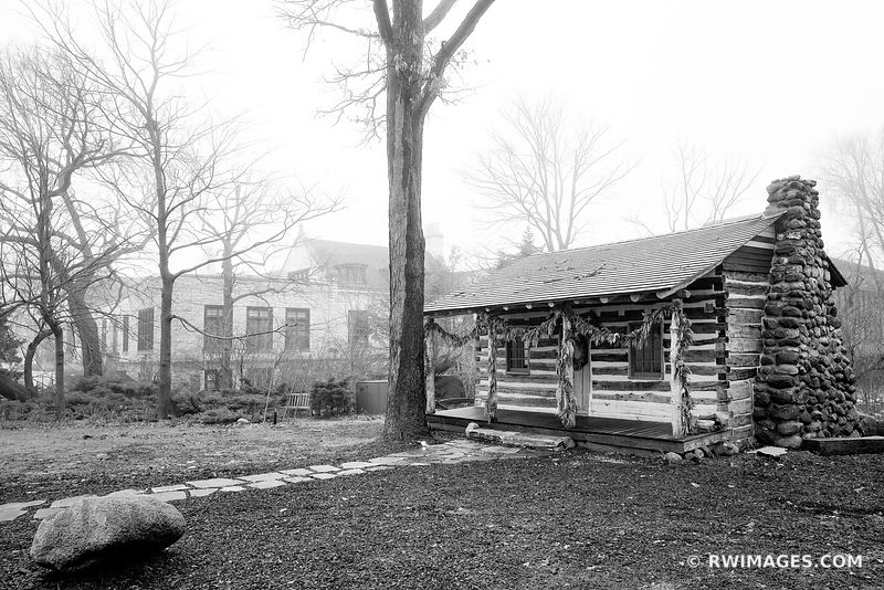 STUPEY LOG CABIN AND LIBRARY BUILDING HIGHLAND PARK ILLINOIS CHICAGO NORTHSHORE SUBURBS CHICAGOLAND WINTER BLACK AND WHITE