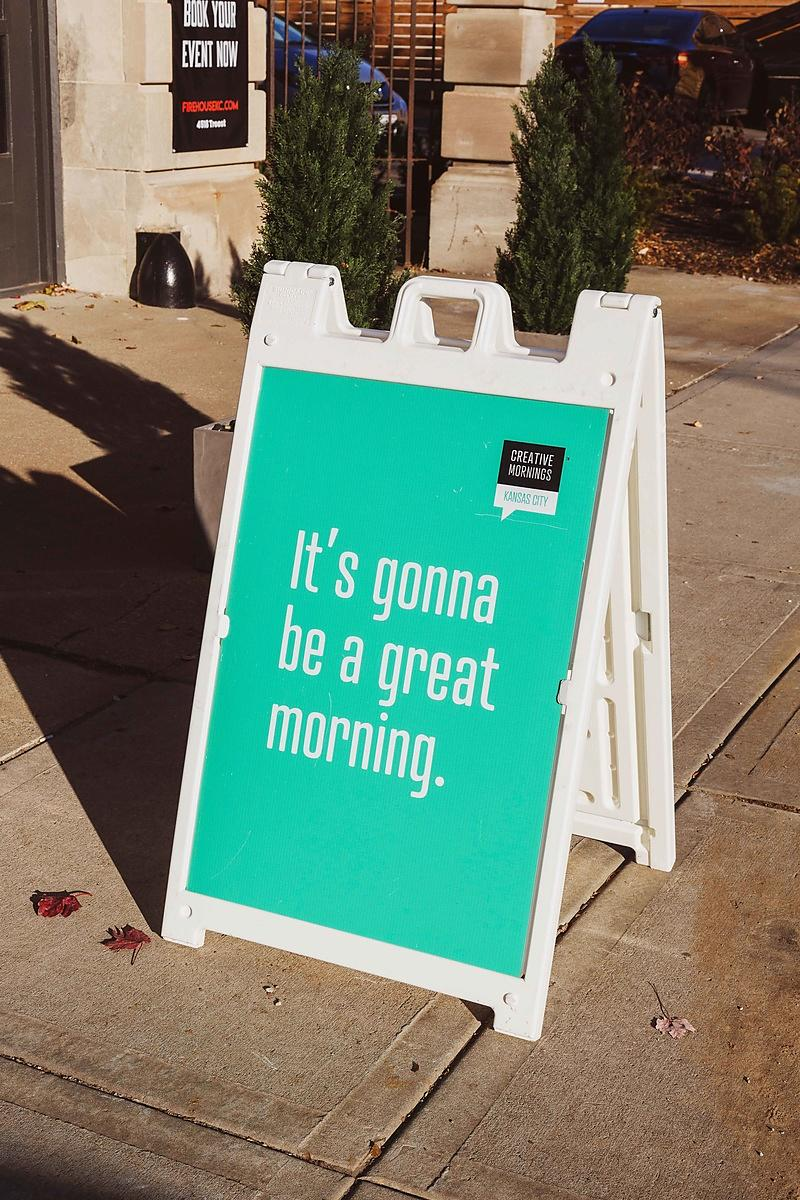 IMG_5488-CreativeMornings-November_JenHarris-SamanthaLeviPhotography-WEBRES