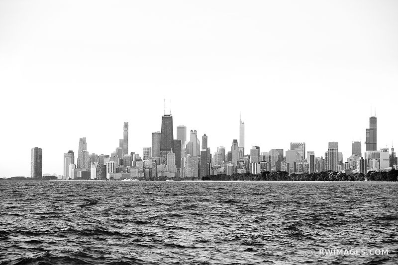 CHICAGO SKYLINE LAKE MICHIGAN CHICAGO ILLINOIS BLACK AND WHITE