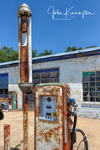 Old Gas Pump, Route 66, McLean, Texas
