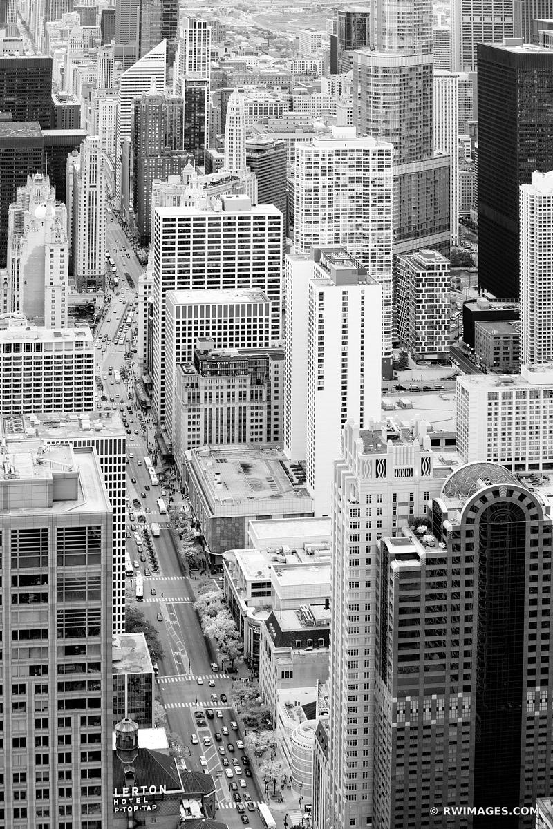 MICHIGAN AVENUE CHICAGO DOWNTOWN AERIAL STREET VIEW CHICAGO ILLINOIS BLACK AND WHITE VERTICAL