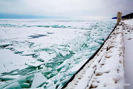 ICE FROZEN LAKE MICHIGAN POLAR VORTEX WINTER CHICAGOLAND ILLINOIS
