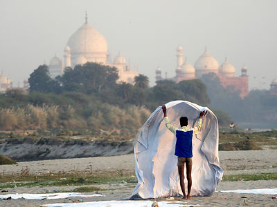 Laundry at Taj Mahal