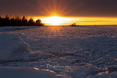 Sunburst_Sunset_Lake_MI_ice_twk_L1000454