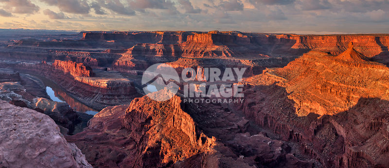 Sunrise at Dead Horse Point State Park, Utah
