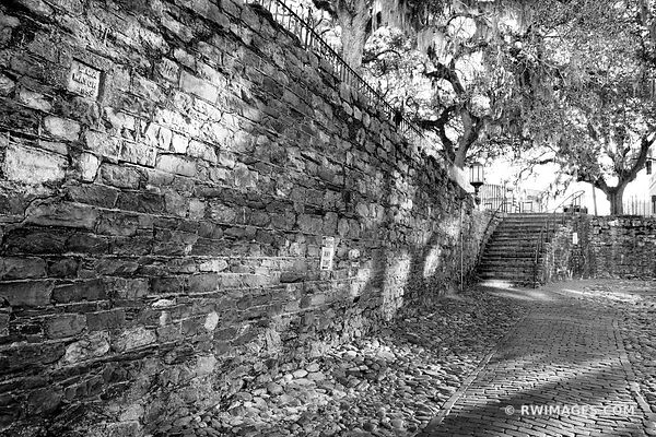 RIVERWALK AREA HISTORIC SAVANNAH GEORGIA BLACK AND WHITE
