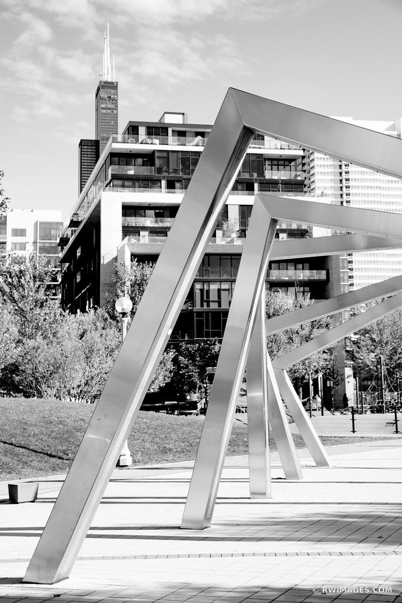 MARY BARTELME PARK WEST LOOP CHICAGO ILLINOIS BLACK AND WHITE VERTICAL