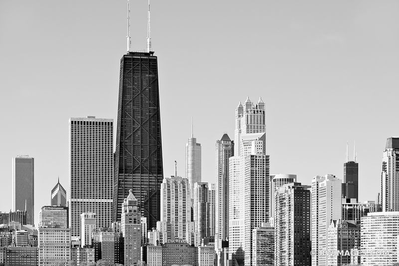 CHICAGO SKYLINE NORTH LOOP BLACK AND WHITE
