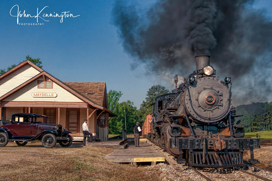 Hooping Up Train Orders to the Tremont & Gulf #30, Maydelle, Texas