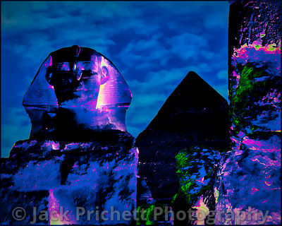 _DSC1761_8x10_Sphinx_and_Cheops_pyramid-bleu_FINAL-Tpz_City_Flare_vers