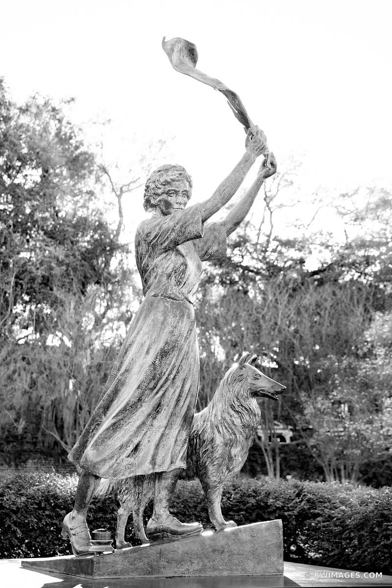THE WAVING GIRL STATUE HISTORIC SAVANNAH GEORGIA BLACK AND WHITE