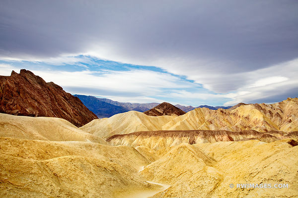 GOLDEN CANYON DEATH VALLEY CALIFORNIA