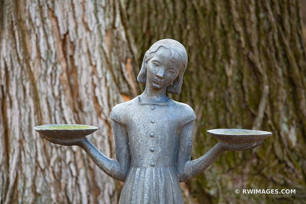 GIRL STATUE CHICAGO NORTH SHORE RYERSON WOODS FOREST PRESERVE RIVERWOODS ILLINOIS MIDWEST LANDSCAPE NATURE