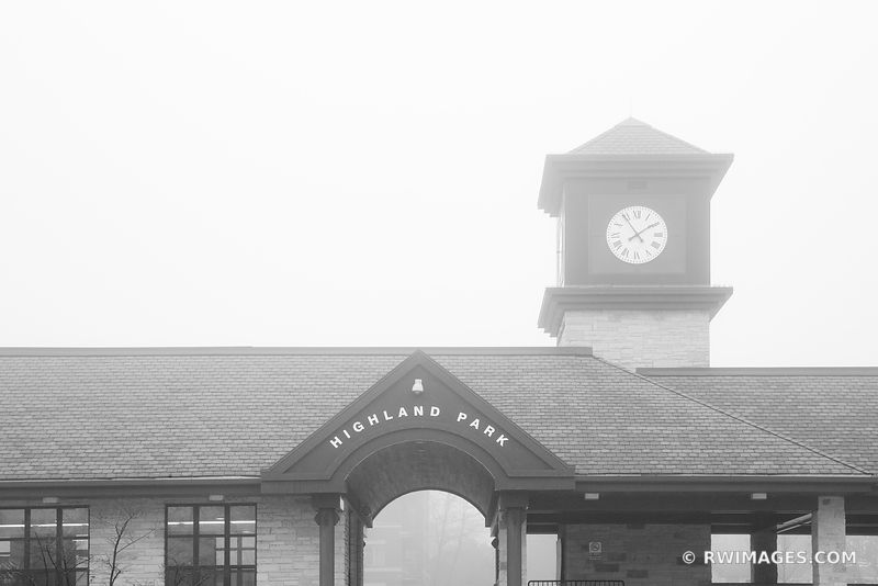 METRA STATION HIGHLAND PARK ILLINOIS CHICAGO NORTHSHORE SUBURBS CHICAGOLAND WINTER FOG BLACK AND WHITE