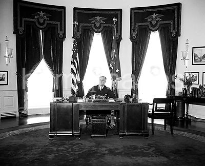 President Roosevelt in executive office (Oval Office)  ca. 12/31/1934