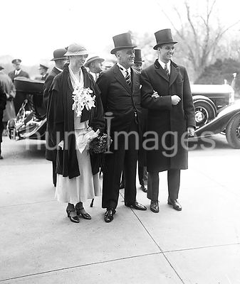 Franklin D. Roosevelt - Franklin D. Roosevelt inauguration. Eleanor Roosevelt and Franklin D. Roosevelt March 4, 1933