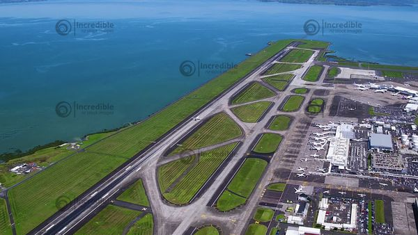 Auckland_Airport_051802