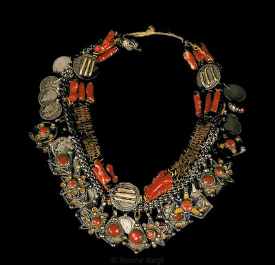 Berber necklace of Kabylie (coral and silver)