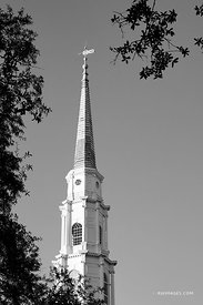 INDEPENDENT PRESBYTERIAN CHURCH STEEPLE HISTORIC SAVANNAH GEORGIA BLACK AND WHITE