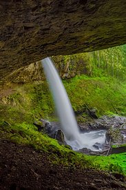 Rock Overhang Behind North Falls in Silver Falls State Park