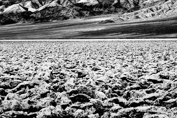 DEVILS GOLF COURSE DEATH VALLEY CALIFORNIA BLACK AND WHITE