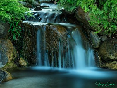 Web-Charlevoix-club-shoot-in-Town-waterfall-Sig-_0280