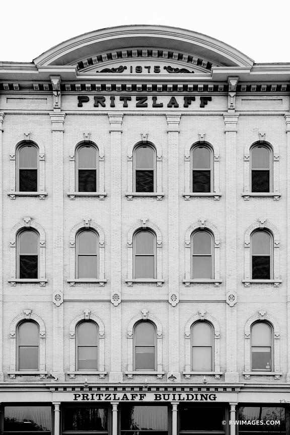 PRITZLAFF BUILDING HISTORIC ARCHITECTURE LANDMARK DOWNTOWN MILWAUKEE WISCONSIN BLACK AND WHITE VERTICAL