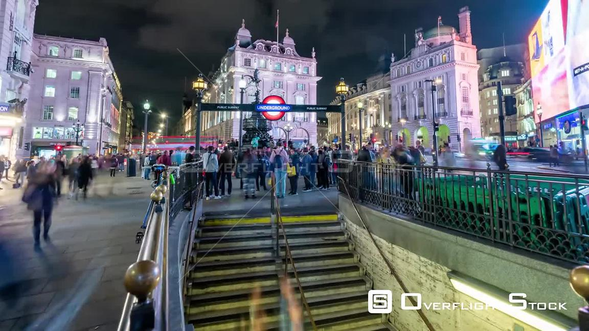 Timelapse view of piccadilly Circus in London at night
