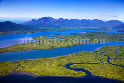Hinchinbrook_Is_48776