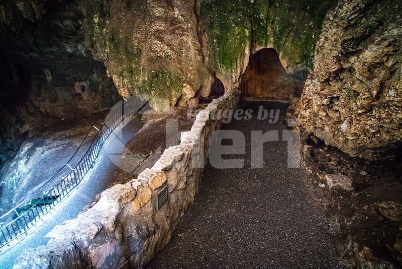 Entrance to the cave of Carlsbad Cavern National Park, New Mexico