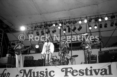 JH_ChambersBros_19710821_SchaefferFest_35mm_Negatives-Chambers_Bros-006