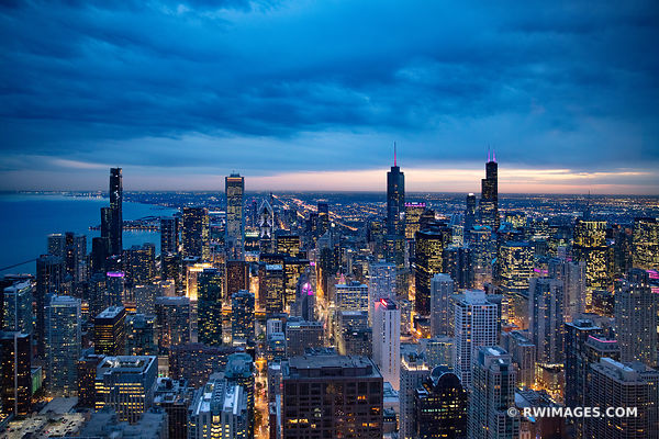 CHICAGO EVENING BLUE HOUR CITY LIGHTS CHICAGO DOWNTOWN AERIAL VIEW CHICAGO ILLINOIS